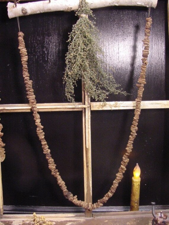 Primitive Spiced Raisin Garland Old Colonial/Early Settlers Look  ET