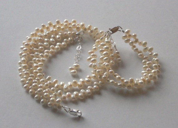 KAYLEE Children's 2 Strand Dancing Freshwater Pearl Bracelet and Necklace Set
