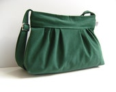 LAST ONE - Pleated Bag in Emerald Green -Small Zipper Closure / Pine Tree Green / For Her / Everyday Purse / Spring Fashion / Summer