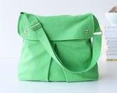 LAST ONE - Modular Messenger Bag in Apple Green / Shoulder Bag / Laptop Bag / Diaper Bag / Travel Bag / flap / long strap / chartreuse