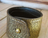 Leather Cuff Bracelet - Textured Gold