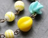 Meringue Necklace - Vintage Beaded Glass Necklace