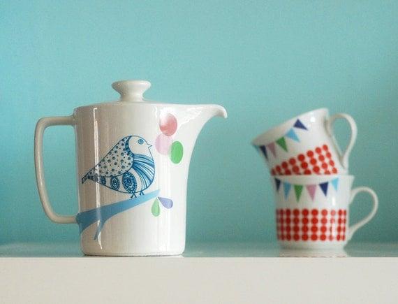 SALE Lovebirds teapot