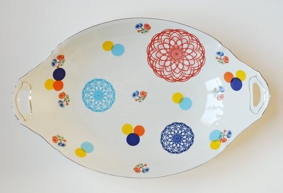 Very large spirograph, flowers and dots serving platter