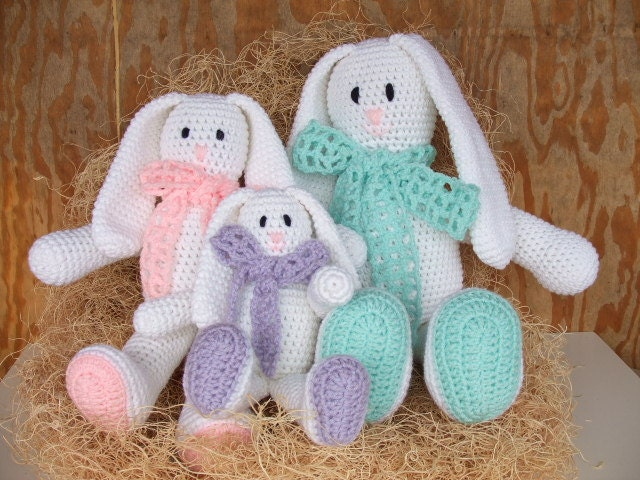 Amigurumi Floppy Ear Bunny : Crochet Pattern Floppy Ear Easter Bunnies Amigurumi