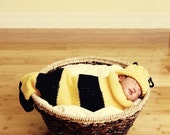 Buzz Baby Bee Newborn Baby Knit Seed Pod Cocoon Plus Hat