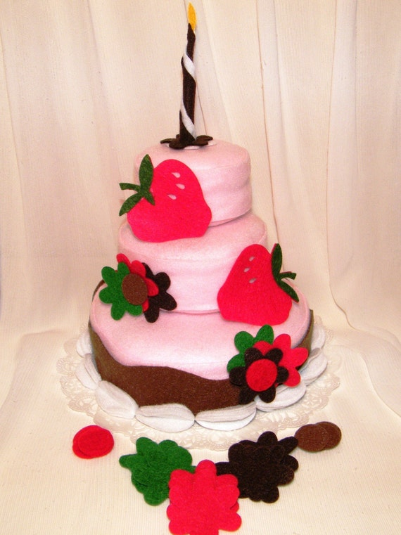 Strawberry Sensation Theme Felt Cakes that your child can decorate