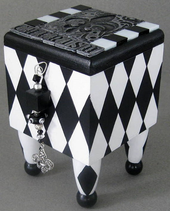Cherish Harlequin Trinket Box