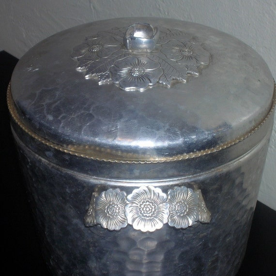 Fancy Aluminum Ice Bucket Made By Continental Silver Co Inc