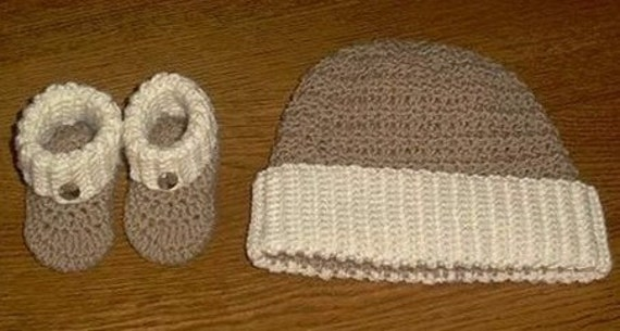 Gingerbread Man Hat and Booties Crochet Pattern in PDF