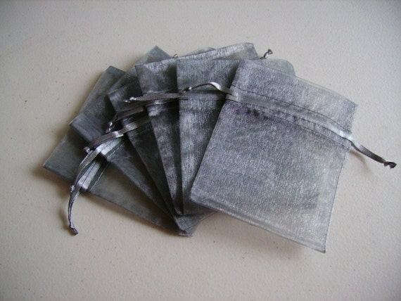 30 - 4 x 6 Silver Organza Bags - Great for wedding favors, sachets, jewelry, etc.