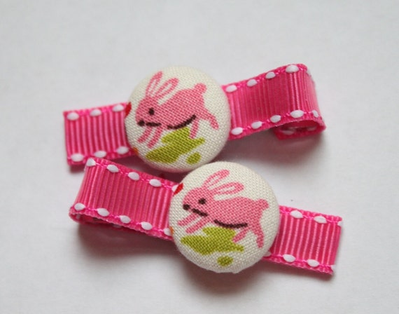 Pink Bunnies.....................2 button hair clips
