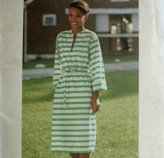 Vintage 70s Tunic Dress Pattern Butterick 5258 Bust 38 40 Easy to Sew Factory Folded