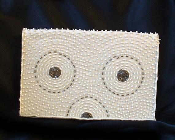 White black beaded geometric design clutch purse