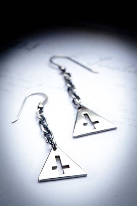 SALE- TRINITYsterling silver earrings