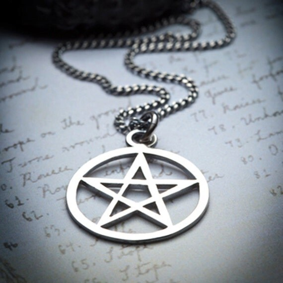 PENTACLE-silver necklace