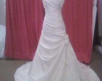 Samantha Renea Slim A-line dropped waist wedding dress