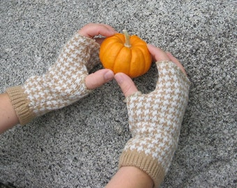 Fast Fingerless Mitts Sewing Pattern PDF Instant download