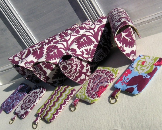 Set of 5 bridemaid clutches and 5 zippered coin pouches custom made for you