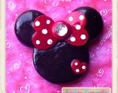 LG Classic Minnie Mouse  polymer clay chunky pendant/bow center