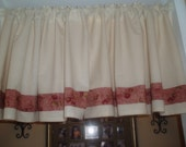 Set of 2 Cream/Natural Valances with an Apple Edging.