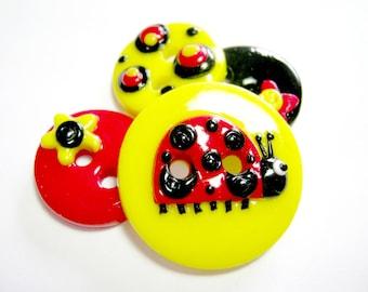 Ladybug (handmade buttons set of 4)