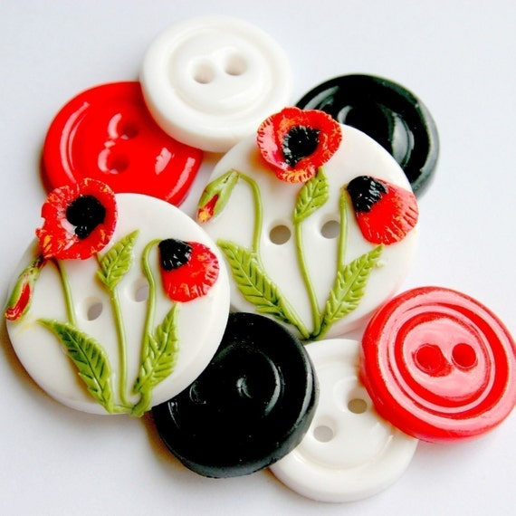 Spring Poppies (handmade buttons set of 8)