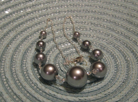 Large Silver Glass Pearl Beaded Front Yoke Necklace