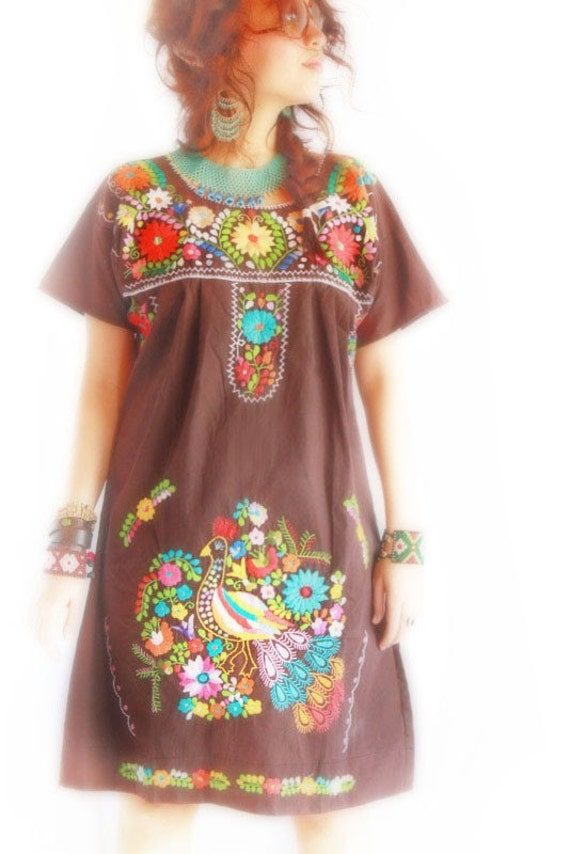 El Chocolate Mexican dress peacock bohemian flowers embroidered tunic