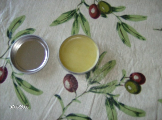 Anti-fungal ointment with Herbs and Essential Oils