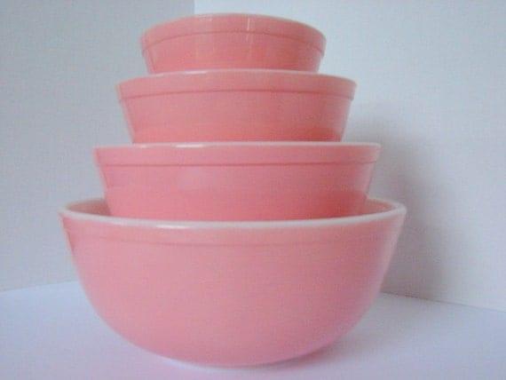 Vintage Pyrex Pink yes PINK Set of Mixing Bowls