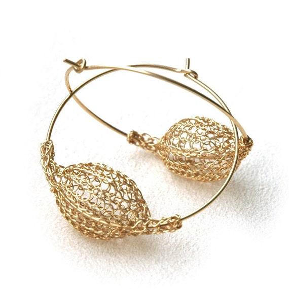 Gold hoop earrings crocheted wire urban light to wear bubble jewelry- Gypsy bohemian fashion