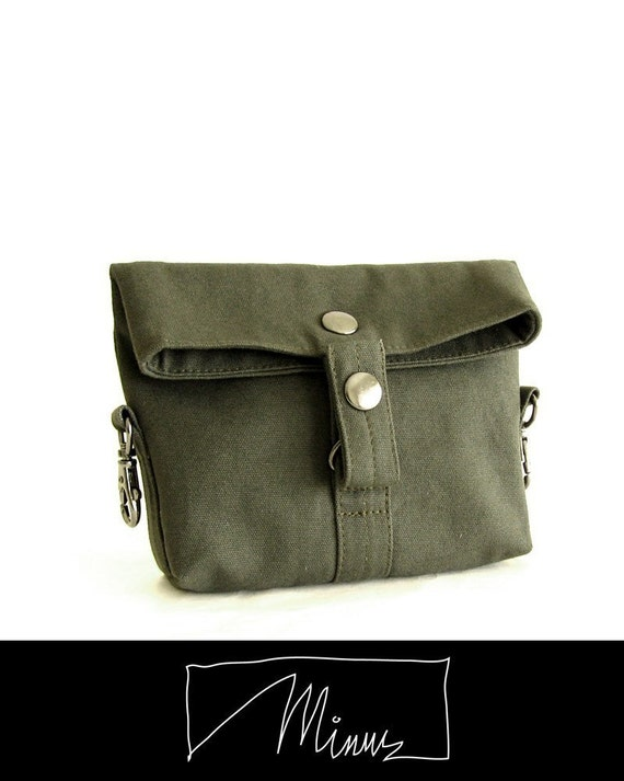 Minus hipster in khaki green with adjustable strap