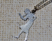 Nancy Drew -  Who dunnit silver necklace