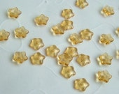 50 pieces of Czech Glass 5 Petals Little Flowers Beads in Amber Color -- 7x2 mm