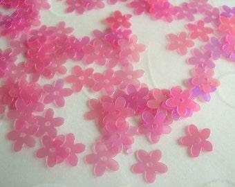 7g of 7 mm 5 Petals Flower Sequins in Pink/Fuchsia Iris Color
