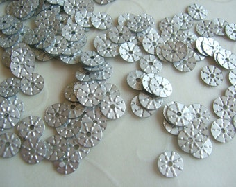 7g of 5 mm Sunny Round Sequins in Silver Color