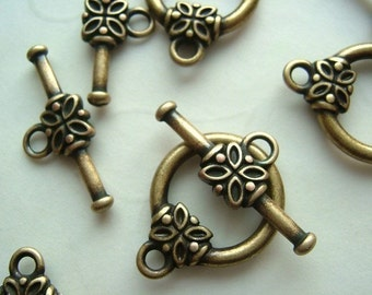 10 Sets of Lead Safe Flower Toggle Clasp in Antique Copper OR Antique Brass Color (You Pick The Color)