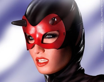 Minx mask in red leather