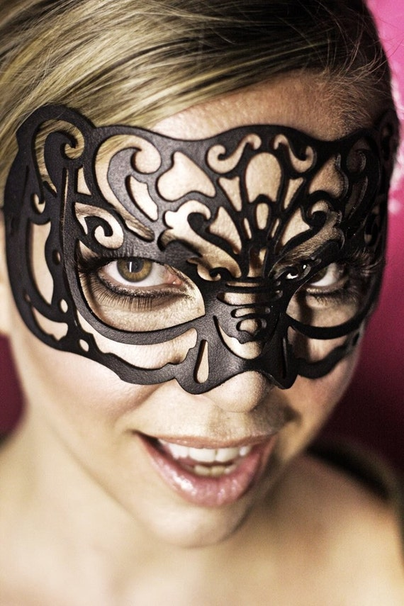 Victoriana Leather mask in black