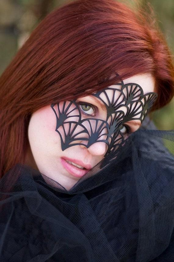 SALE!! Fan leather mask in black