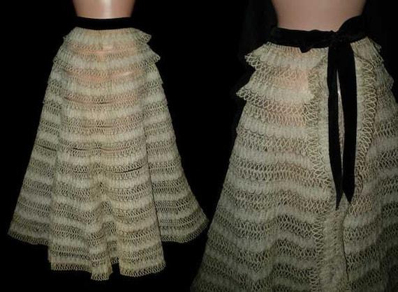 Vintage 50s Dora Degiarde Ruffled Skirt S