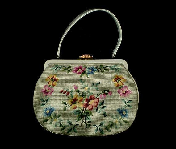 Vintage 50s Floral Needlepoint Purse Handbag