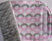 Waves Pink Reversible Car Seat Strap Covers