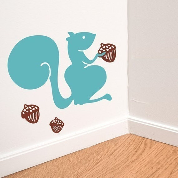 fall squirrel with acorns vinyl wall decal