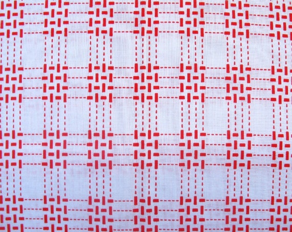 RESERVED for FANNY - vintage fabric - red blocks dotted lines