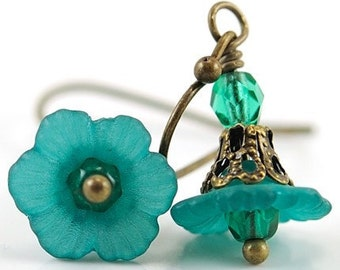 Teal Green Earrings Dangle Earrings Flower Jewelry Bead Earrings Flower Earrings. Teal Earrings with Czech Glass Brass Jewelry, Japan