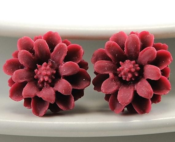 Flower Post Earrings. Delicate Earrings. Burgundy Petite Flower Stud Earrings. Spring Fashion Earrings. Argentina Earrings in  Burgundy