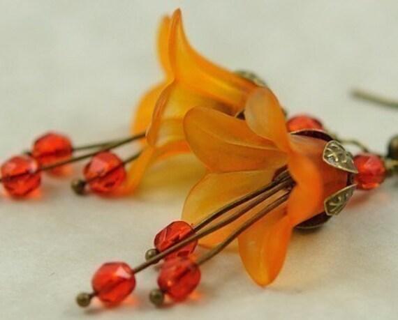 Orange Earrings. Beaded Delicate Earrings. Pumpkin Spice Orange Flower Blossom Earrings. France Earrings in Matte Pumpkin Spice II Lucite