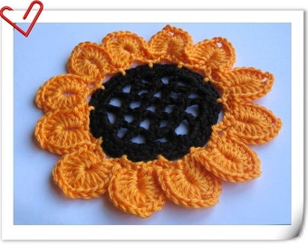 PATTERN in PDF -- Crocheted large Sunflower applique or face scrubbie or potholder or cleaning scrubbie -- Sunflower